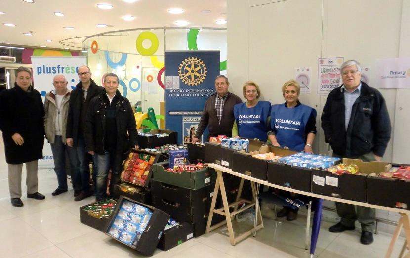 """Recaptats 3.333 Kg d'aliments al """"Proyecto Kilo"""": Banc d'Aliments, Rotary International i Rotaract, a Lleida – 1 de Març2014"""