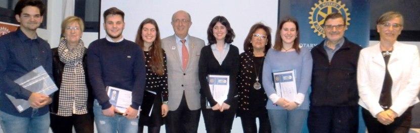 """Entrega del VIII Premio """"Protagonistas del Mañana"""" por el RC de Lleida con presencia del Gobernador del Distrito CarlesCampistrón"""